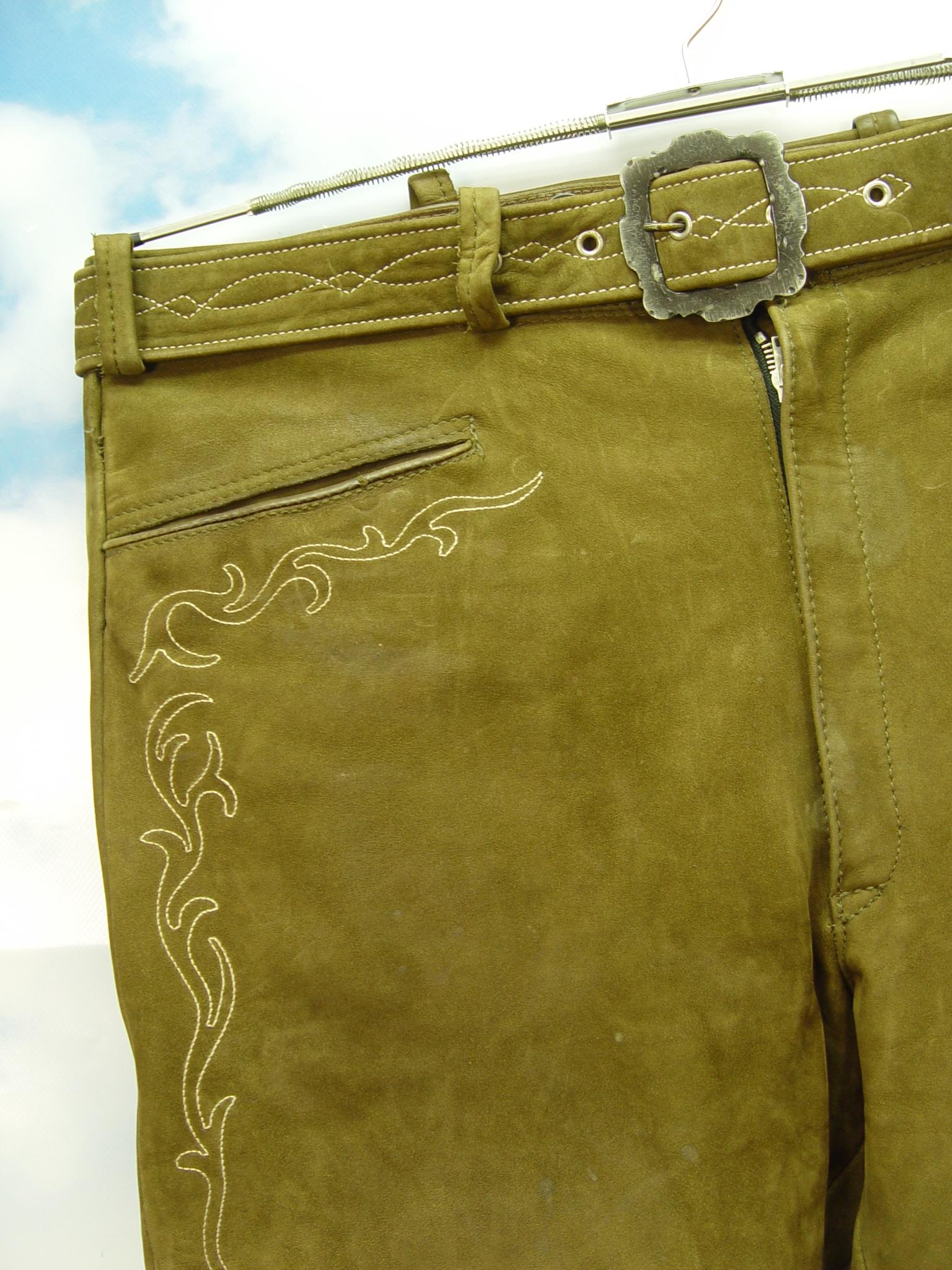 Super Rabatt 100% Qualität bekannte Marke leicht speckig Glattleder in grün mit Stickerei Herren Trachten Lederhose  Gr.54