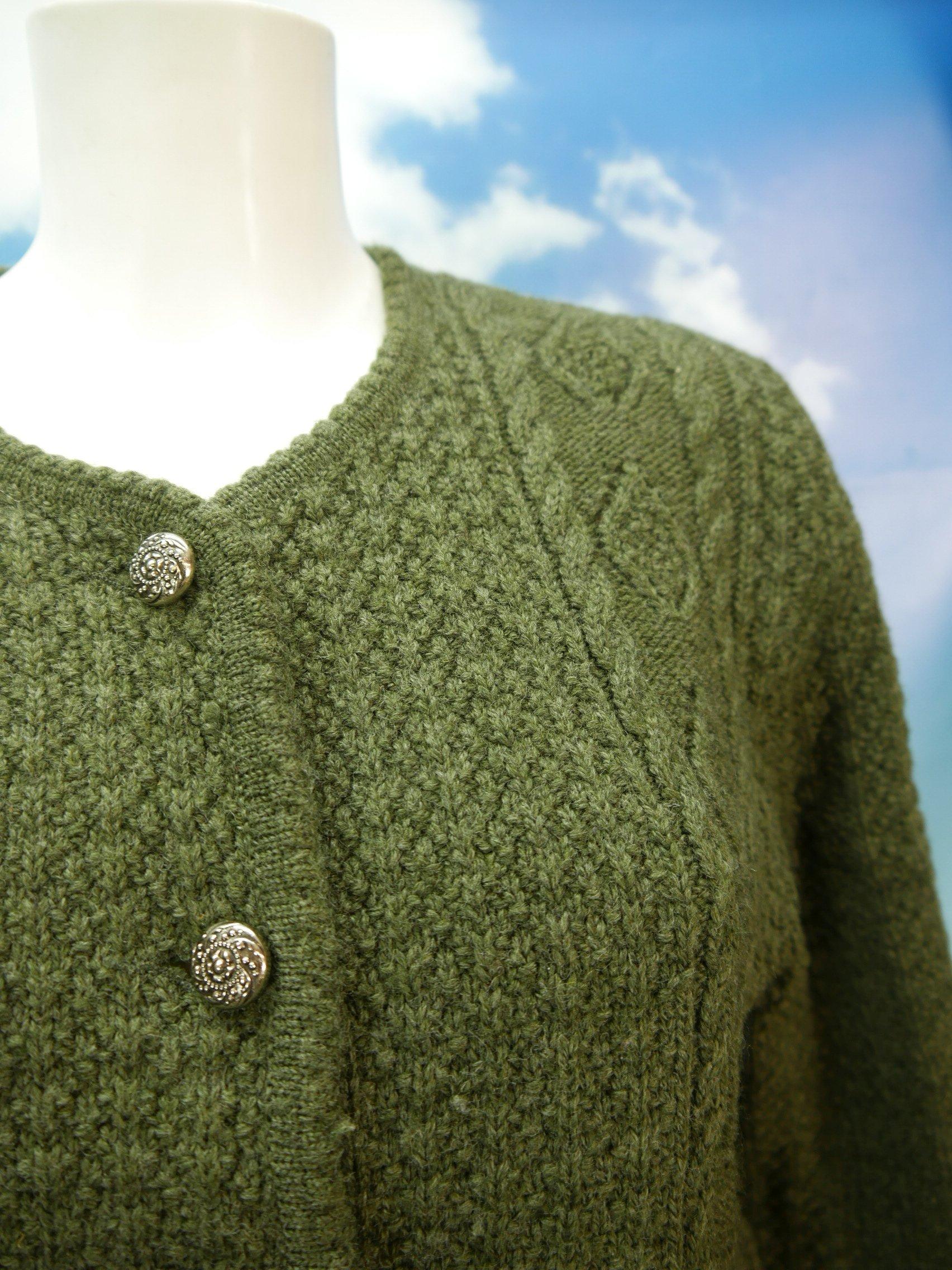 Sigi Scheiber Tyrol grüne Strickjacke mit Zopfmuster Trachtenjacke Jacke Gr.44